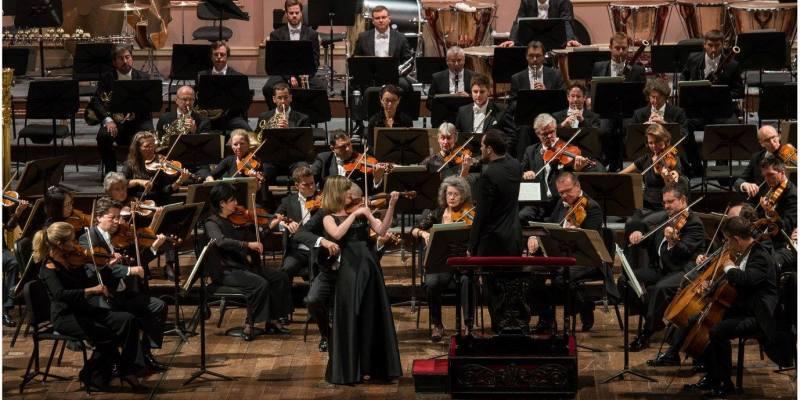 Imagen de Vibrantes conciertos de la Tonhalle Zúrich junto al debut en Argentina de Lisa Batiashvili.