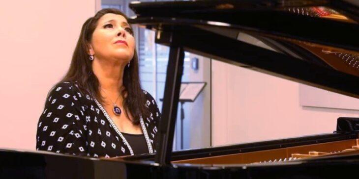 Imagen de Mucho más que una pianista. Entrevista a Cecilia Pillado.