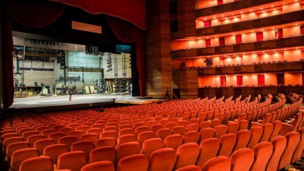 100% de aforo para los teatros porteños