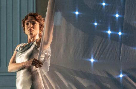 Entrevista a la soprano Oriana Favaro