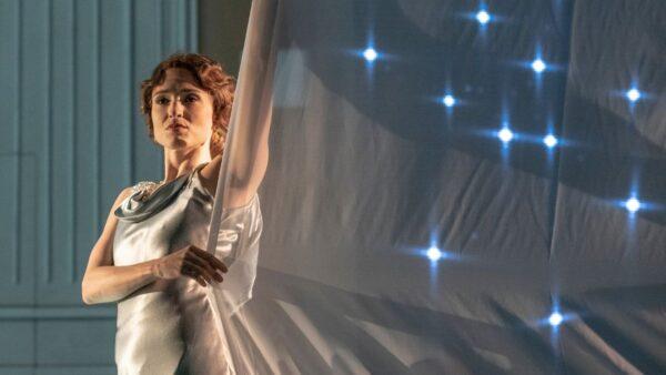 """Oriana Favaro: """"Hacer arte de la vida"""""""