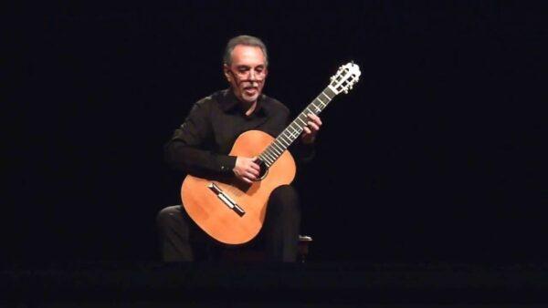 Eduardo Fernández: Persiguiendo ideas con la guitarra.