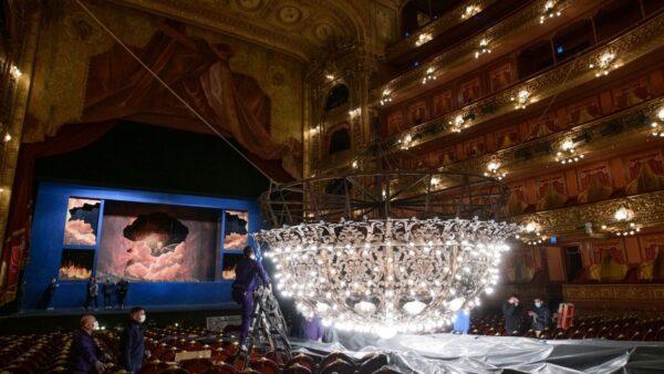 La Araña del Teatro Colón, con brillo propio