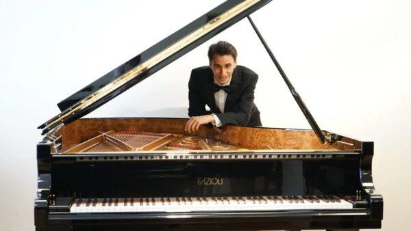 La Filarmónica de Buenos Aires junto al pianista Tomás Alegre por streaming