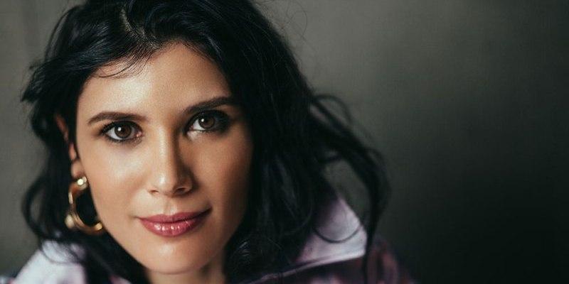 """Imagen de """"Cantar en el Teatro Colón es un sueño"""". Entrevista a Annalisa Stroppa."""