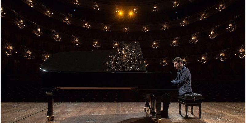 Imagen de Alessio Bax. Un pianista importante.