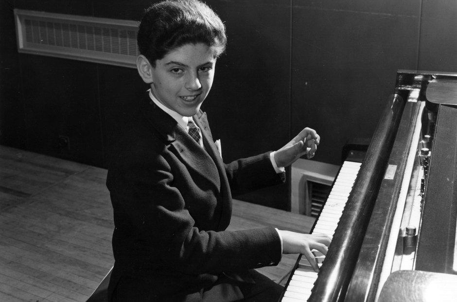 Barenboim con 13 años en 1856 concierto de Mozart.