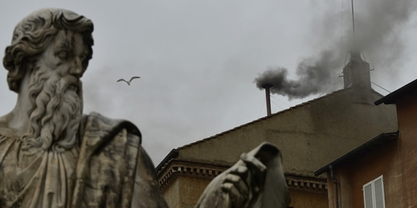 """Imagen de """"Humo negro"""" en la Filarmónica de Berlín"""