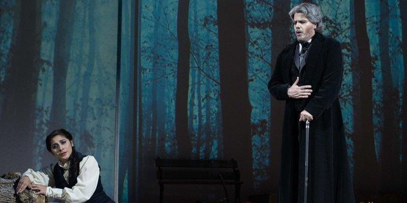 Imagen de La Traviata  en el Teatro Avenida